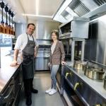508262 Stijn en Tinne bouwden fritkot van t Steen om tot foodtruck